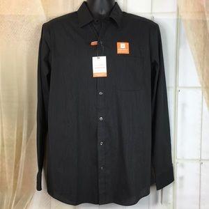 Van Heusen Shirts - Van Heusen Traveler Stretch Button Down Shirt